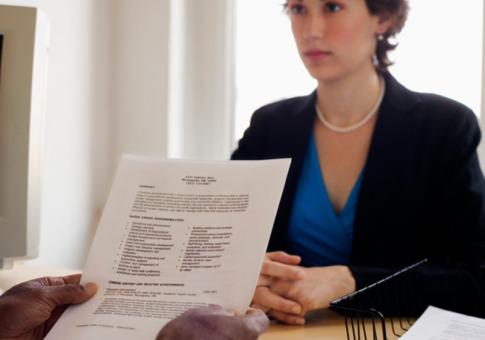 Cat de sincer trebuie sa fii la interviul pentru angajare, cand vine vorba despre defectele tale