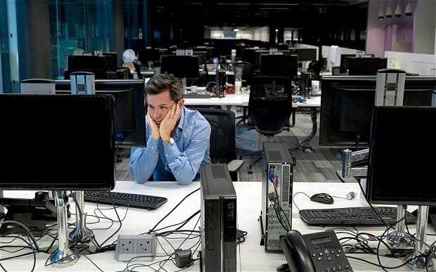 Cum trebuie sa reactionezi daca primesti sarcini de munca peste program de la seful tau