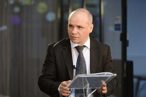 Sorin Faur: Begin with the End sau Cum sa iti organizezi si cum sa iti structurezi prezentarea pentru Public Speaking