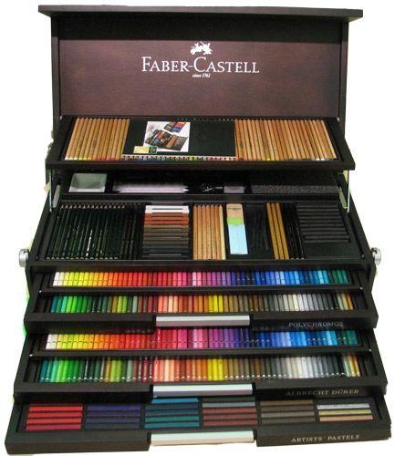 Afaceri de familie in arta- Faber Castlle