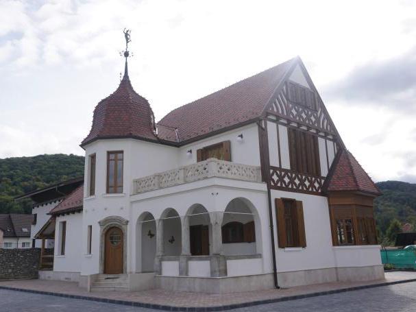 Unde organizezi evenimentele corporate in Brasov -Villa HePa