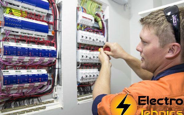 Cine te ajuta cu verificari PRAM si tablouri electrice de automatizare?
