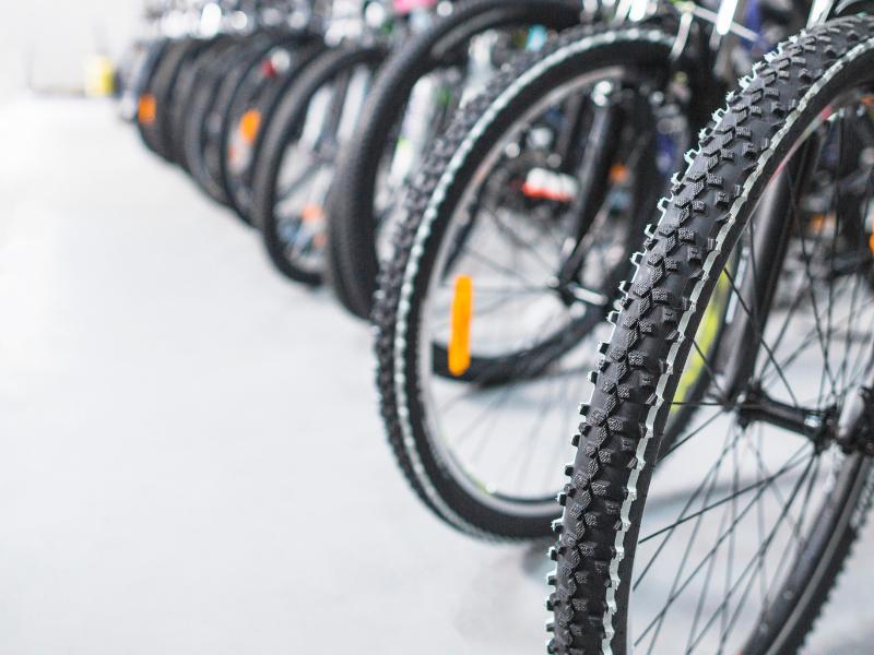 Ce accesorii putem gasi intr-un magazin de biciclete specializat?