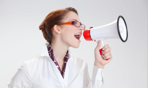Cum eficientizează utilizarea unui soft de resurse umane comunicarea în cadrul companiei?