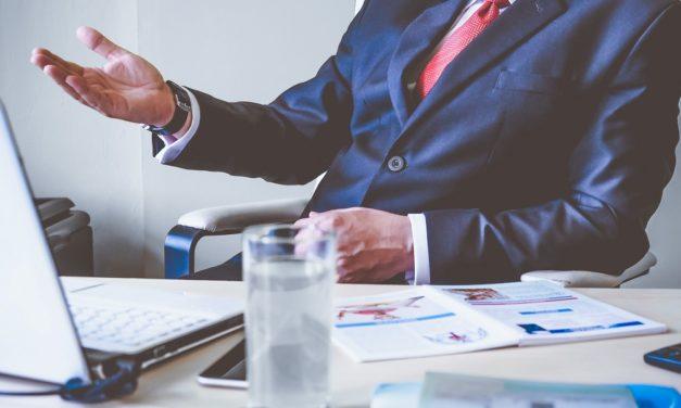 Cum sa lucrezi pentru un sef care are cate o idee noua la fiecare 5 minute?