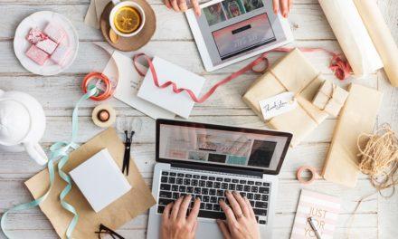 8 idei de cadouri pentru colegii noi