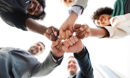 Cum sa-ti ajuti angajatii sa invete unii de la ceilalti