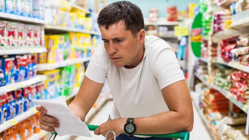la cumparaturi in magazin (2)