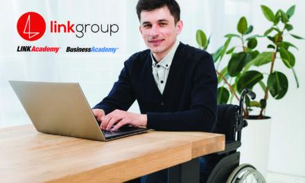 Școlarizare gratuită la LINK Academy și BusinessAcademy pentru persoanele cu handicap