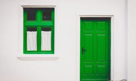 Care sunt avantajele construirii unei case fără etaj